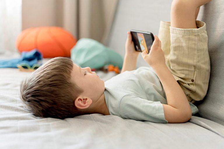 Las Mejores Aplicaciones para Controlar Móviles de tus Hijos